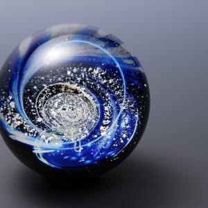 Shape: sphere Width: 77.5 mm Weight: 630 g